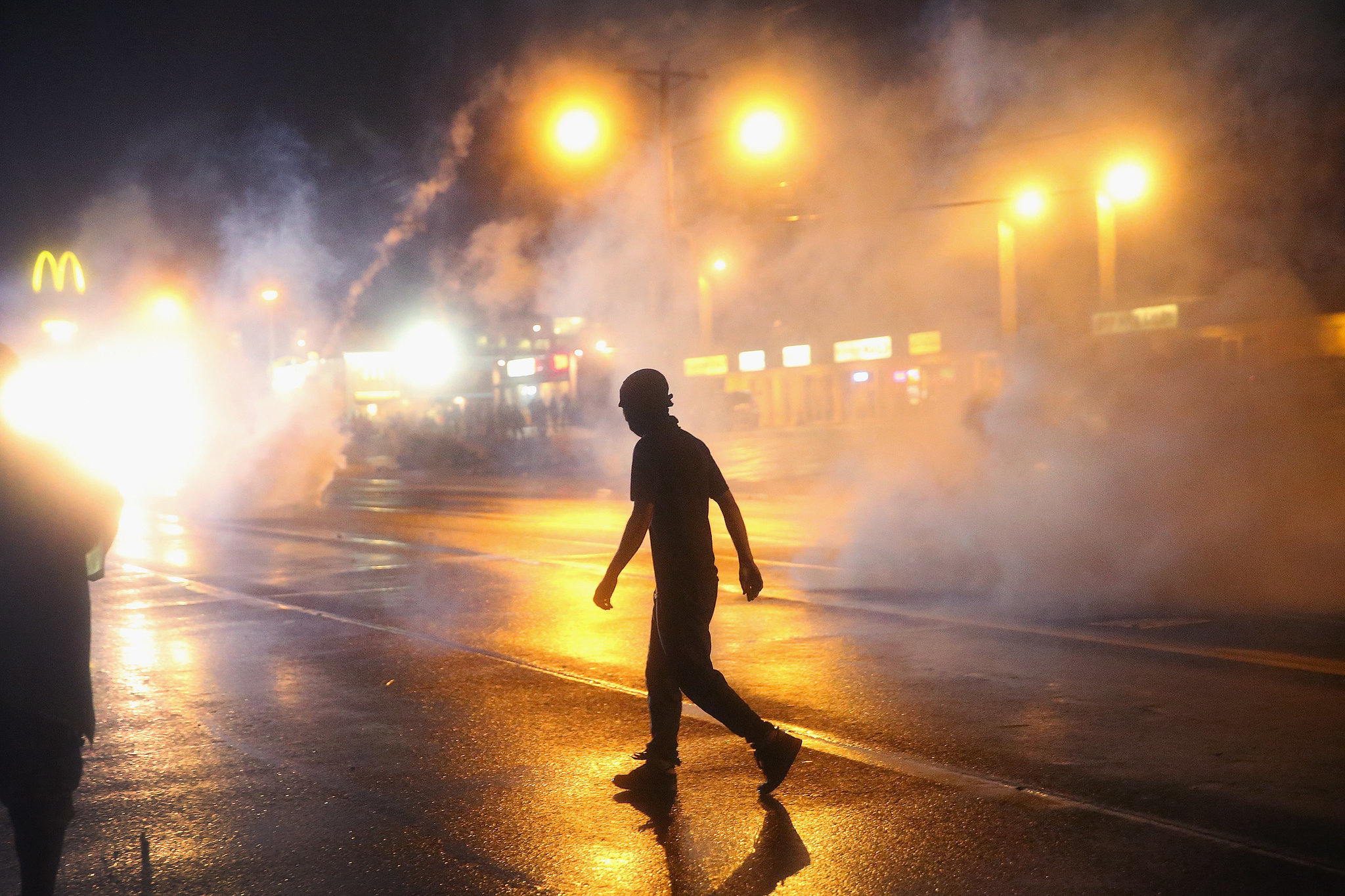 Tear-gas-filled-streets-BLM